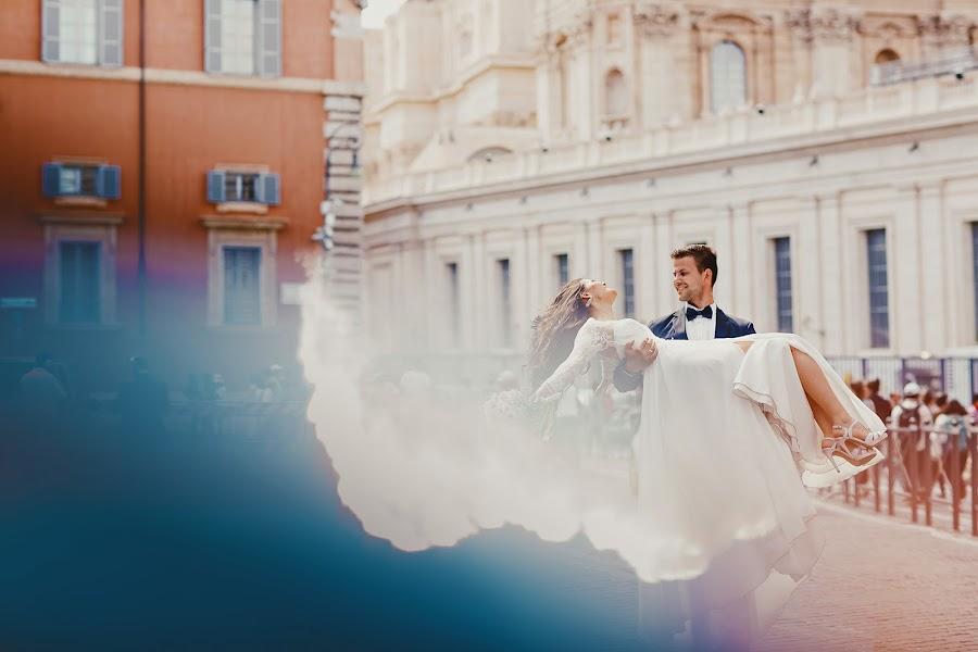 Wedding photographer Dimitri Kuliuk (imagestudio). Photo of 22.12.2016