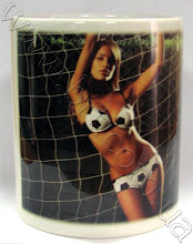 Photo: Магическая чашка футболисту - Люблю футбол. Чашка белеет при наливании горячей жидкости