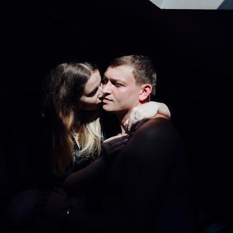 Wedding photographer Anton Valovkin (Valovkin). Photo of 31.10.2017