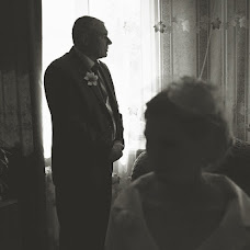 Wedding photographer Alisa Pirogova (alisinka). Photo of 23.08.2013