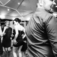 Wedding photographer Serafima Smirnova (dayforyou). Photo of 20.03.2017