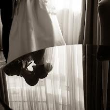 Wedding photographer Aleksandra Burilina (DiHHka). Photo of 06.06.2016
