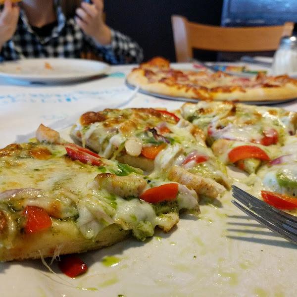 Chicken pesto on gluten free crust
