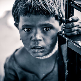 Innocent Face, Pain In The Eyes And Poverty Described. by Rajdeep Wasekar - Black & White Portraits & People