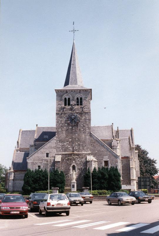 Figuur 11: De Sint-Genovevakerk in Oplinter.