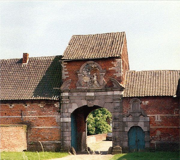 Figuur 17: Het Maagdendaalklooster in de Kloosterstraat. Poortgebouw uit 1660-1661.