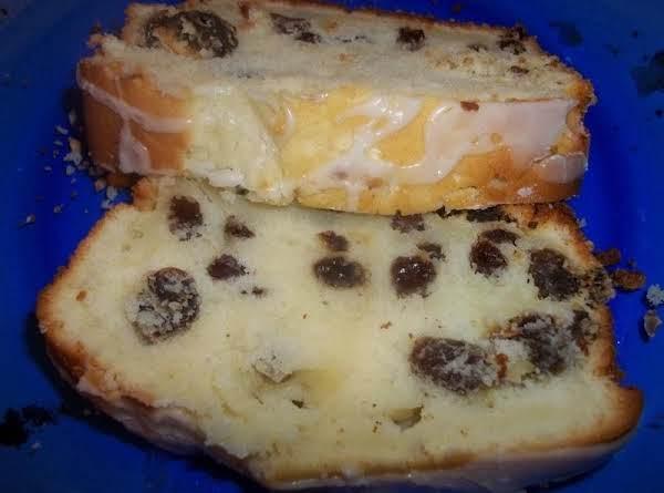 Tender Irish Tea Cake / Lemon Glazed