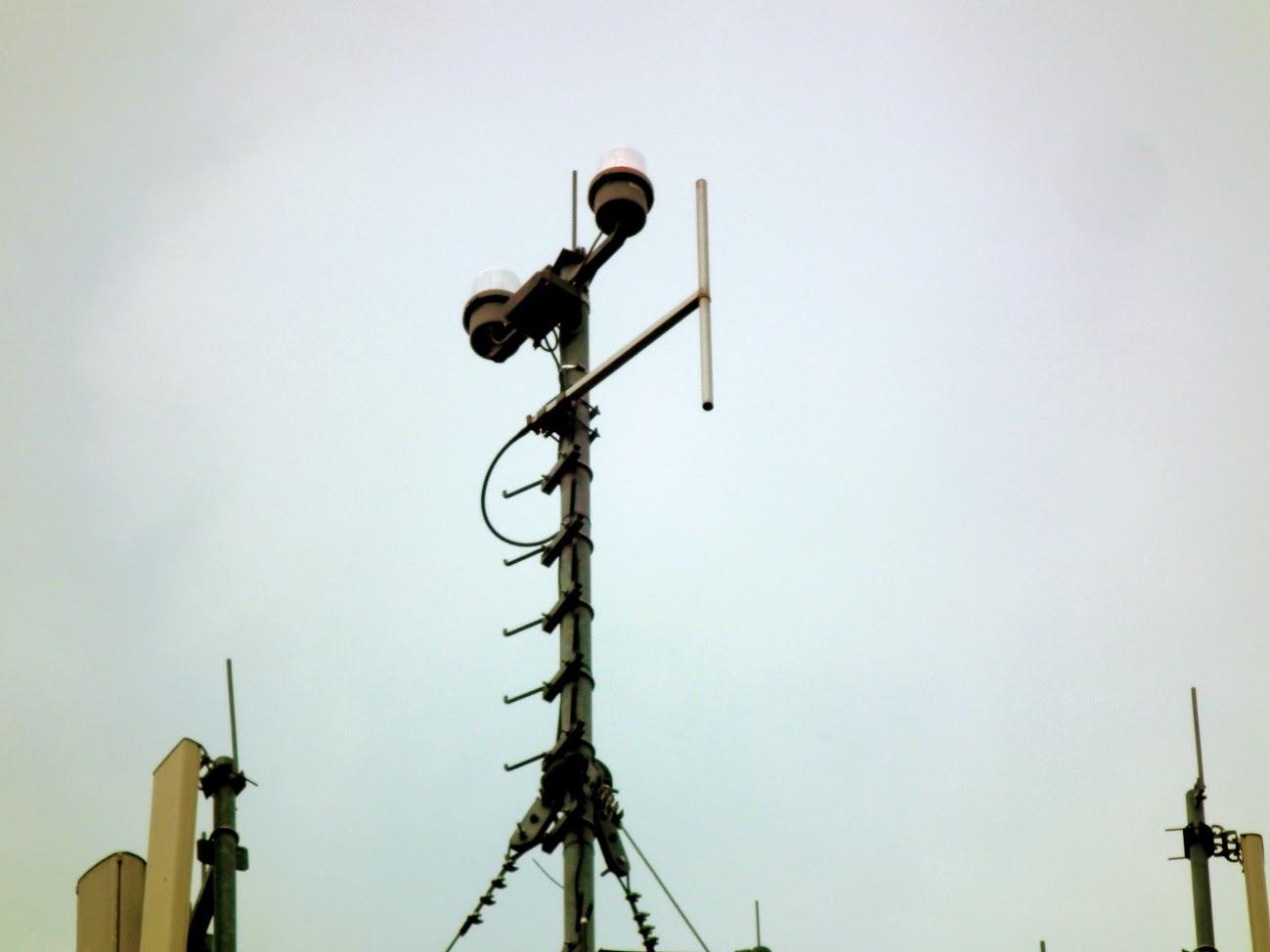 Kiskőrös/víztorony - helyi URH-FM adóállomás