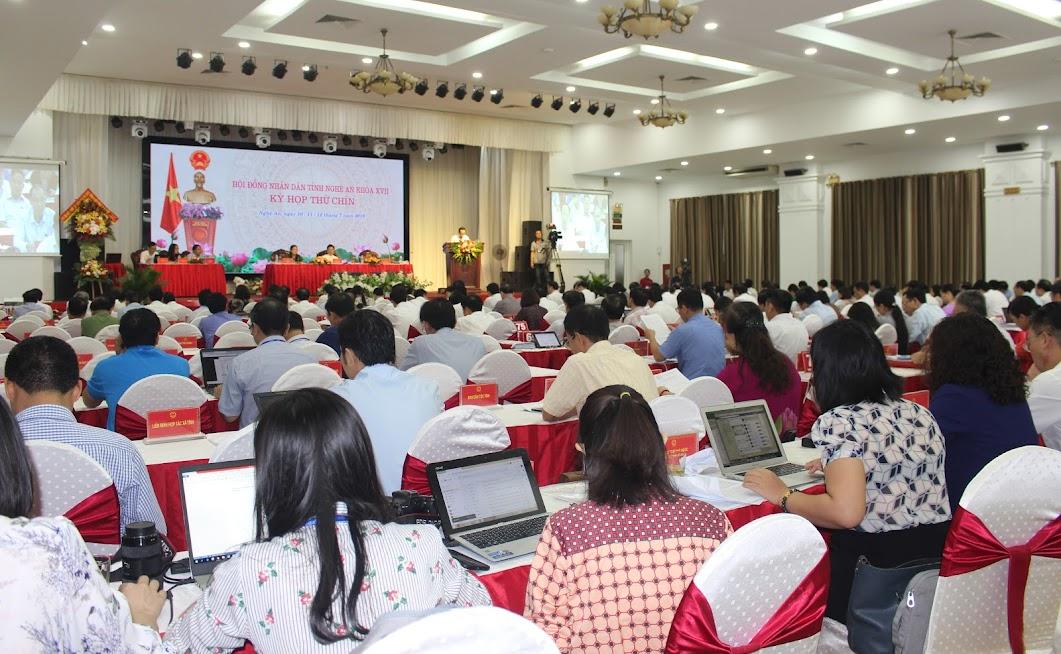 Toàn cảnh Kỳ họp thứ 9 HĐND tỉnh Nghệ An khóa XVII