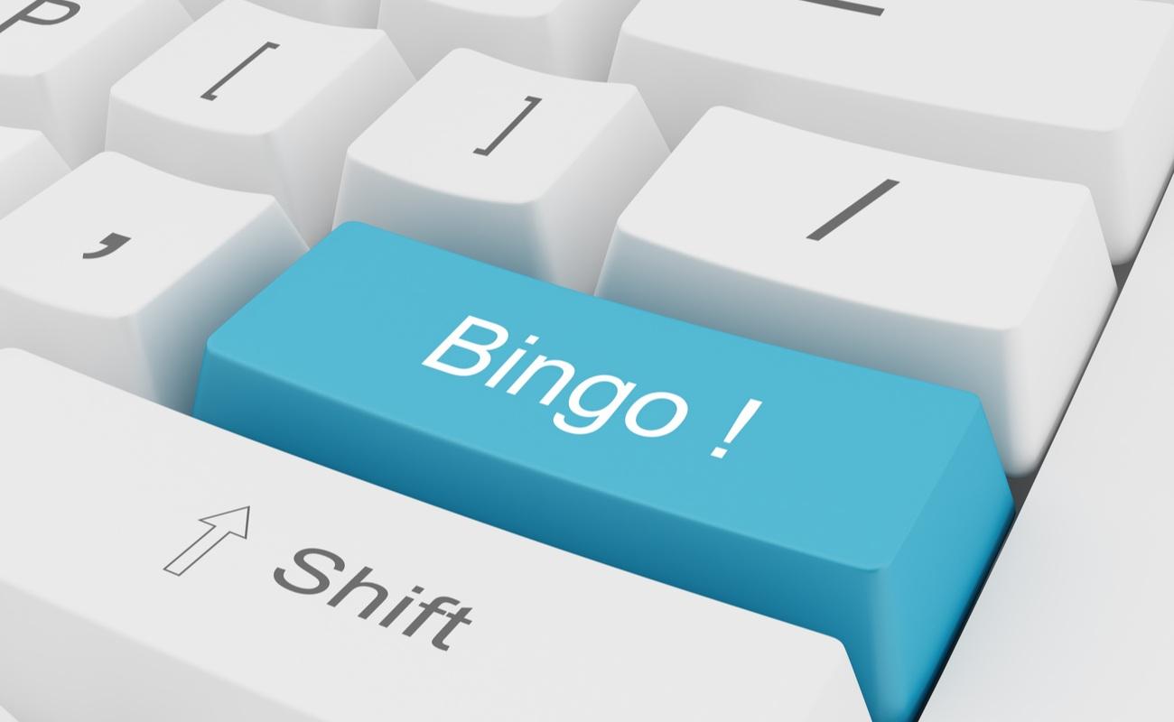 Keyboard with a blue Bingo key