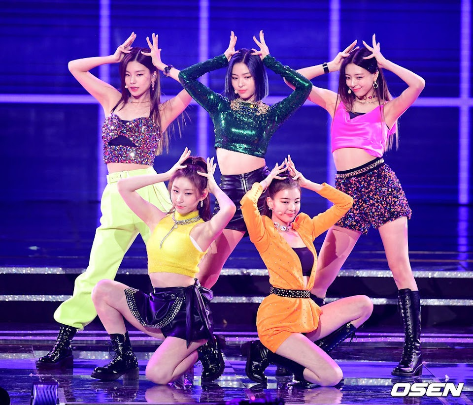 itzy stylist criticized 3