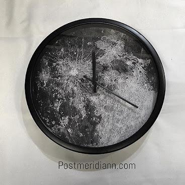 Mymoon texture clock