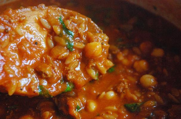 Chicken and Chickpea Chili Recipe