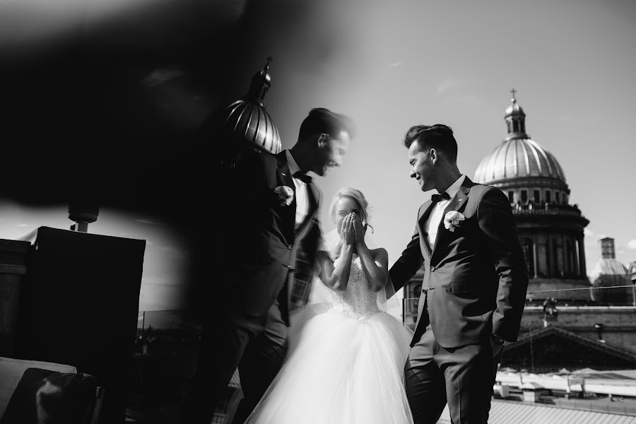 Wedding photographer Maksim Zaycev (maxz). Photo of 02.03.2015