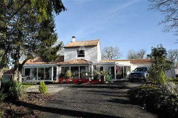 maison à Le Givre (85)
