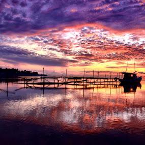 purple sunrise by Pras Manan - Landscapes Sunsets & Sunrises