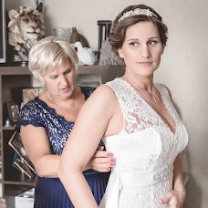 Wedding photographer Olesya Lapaeva (Czarinka). Photo of 18.02.2014