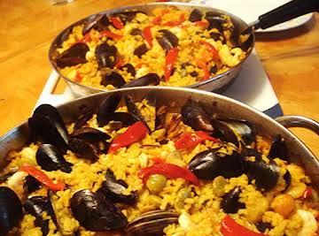 Spanish Seafood Paella / Paella de Mariscos