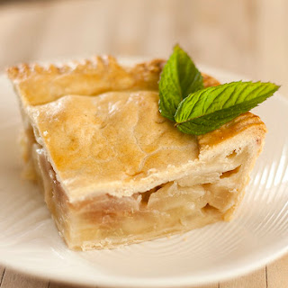 Luscious Pear-Maple Syrup Pie