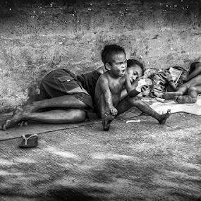 by Franciz Cayetano - Black & White Street & Candid (  )