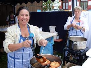 Photo: hier werden noch Auszogne Kirchal hergestellt von den Landfrauen