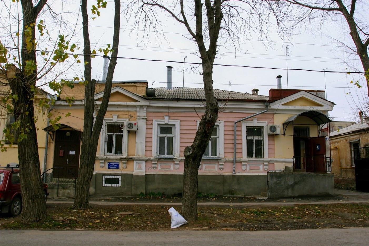 https://sites.google.com/site/istoriceskijtaganrog/italanskij-pereulok/dom-42