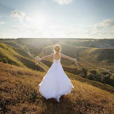Wedding photographer Konstantin Tolokonnikov (Tolokonnikov). Photo of 11.04.2016