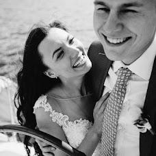 Wedding photographer Denis Scherbakov (RedDen). Photo of 08.09.2017
