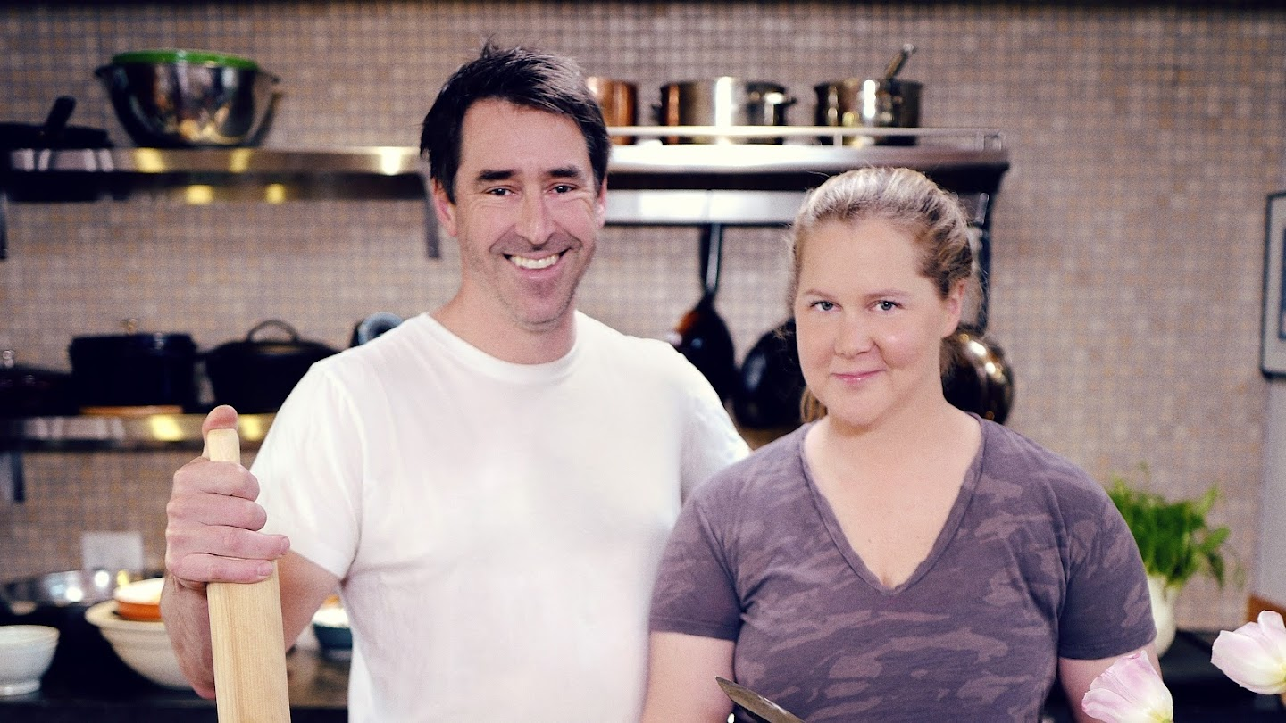 Watch Amy Schumer Learns to Cook live