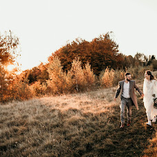 Wedding photographer Lyudmila Yukal (yukal511391). Photo of 12.10.2018