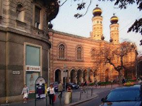 Photo: Wielka Synagoga  w Budapeszcie (o zachodzie słońca) - pastel