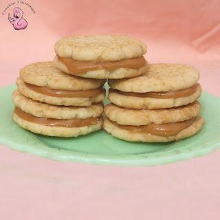 Shortbread Dulce de Leche Sandwich Cookies