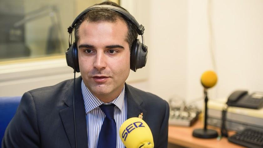 Fernández-Pacheco, en los estudios de la Cadena SER.