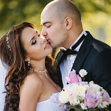 Wedding photographer Anna Slyutenko (anyutochka27). Photo of 23.08.2015