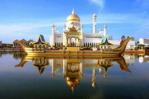 Bên lề Đại Hội Huynh Trưởng GĐPTVN Trên Thế Giới kỳ IV: Những ngôi chùa nổi tiếng tại Bangkok nên hành hương