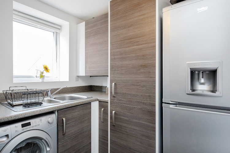 Fully equipped kitchen at Gumley Road - Grays