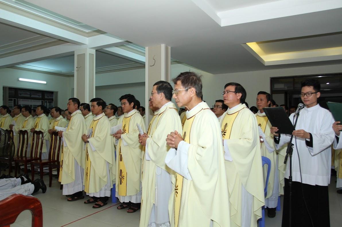 Lễ Phong Chức Phó Tế tại Toà Giám Mục Nha Trang - Ảnh minh hoạ 15