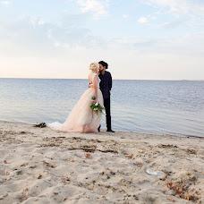 Wedding photographer Oksana Ryabovol (oksss12333). Photo of 16.03.2016