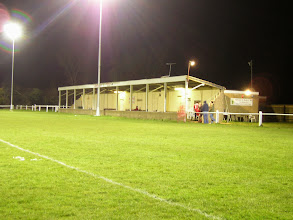 Photo: 13/03/07 v Letcombe (Hellenic League Division One West) - contributed by David Norcliffe