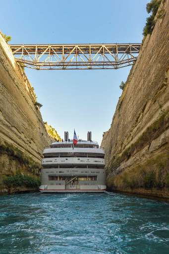 Ponant-Greece-Corinth-Canal.jpg - Ponant's Le Lyrial slices through the Corinth Canal in the Aegean Sea.