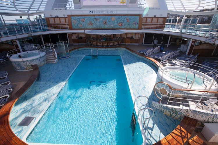 The Neptune Reef Pool on deck 15 of Ruby Princess has two adjoining whirlpools.