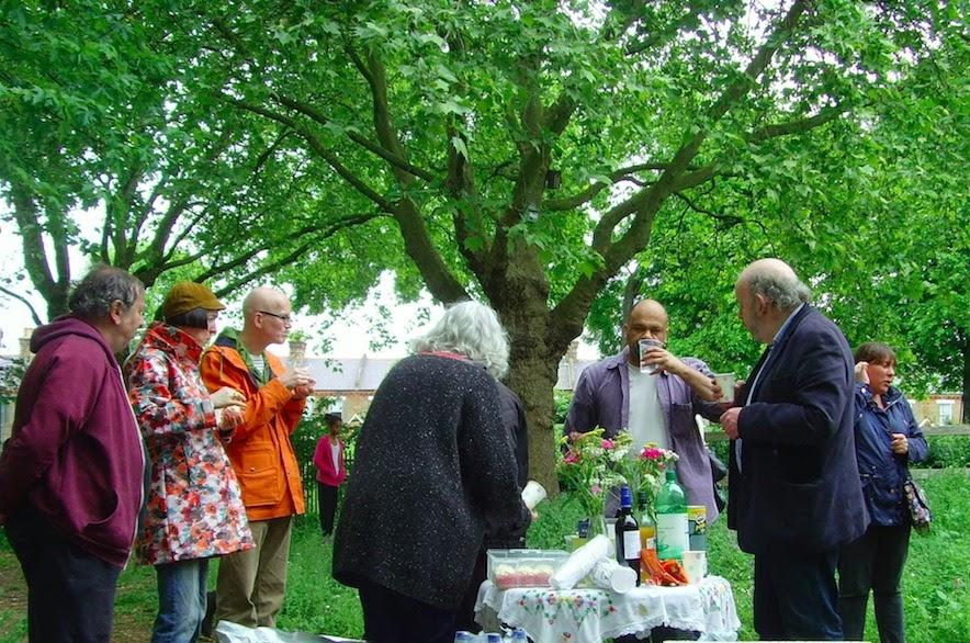 photo Tea-Party-copy_zpsusdv8s5m.jpg