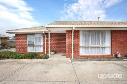 Photo of property at 16/1 Mcintosh Court, Aspendale Gardens 3195
