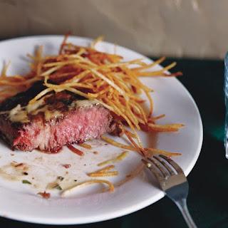 Pan-Seared Rib-Eye Steak with Béarnaise (Entrecôte Béarnaise)