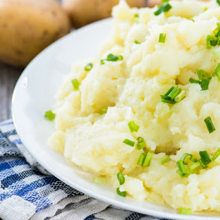 Light & Fluffy Dairy-Free Mashed Potatoes Recipe