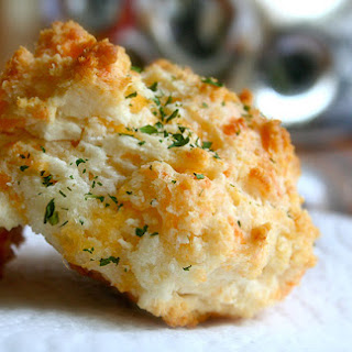 Healthier Cheddar Bay Biscuits