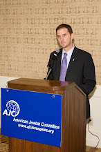 Photo: AJC LA Executive Director Seth Brysk