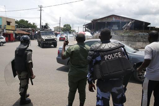 Gabon government suspends classes after pupils protest