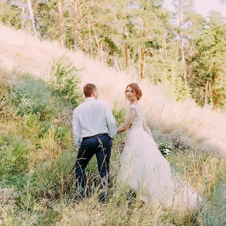 Wedding photographer Vera Cayukova (tsayukova). Photo of 17.01.2018