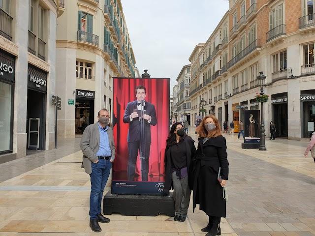 La imagen de José Herrera, otro almeriense con Goya, en las calles de Málaga.